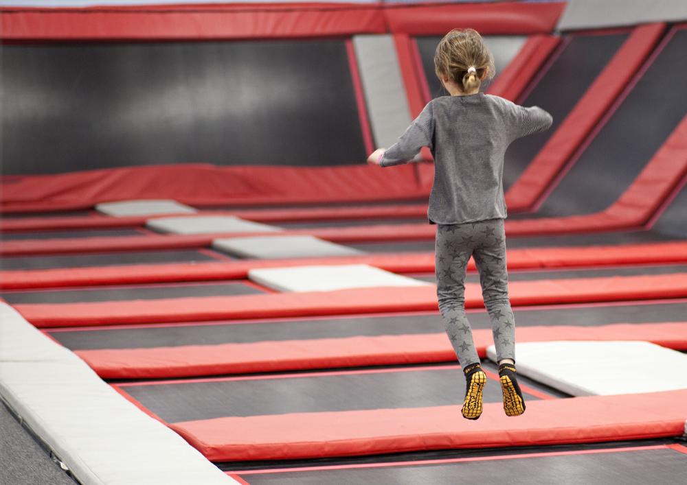 social-house-trampoline
